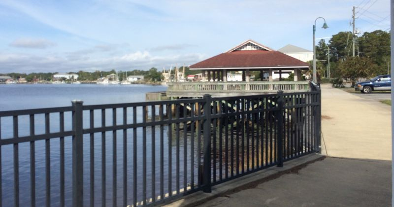 Carrabelle Riverwalk & Wharf - walkway to pavillion