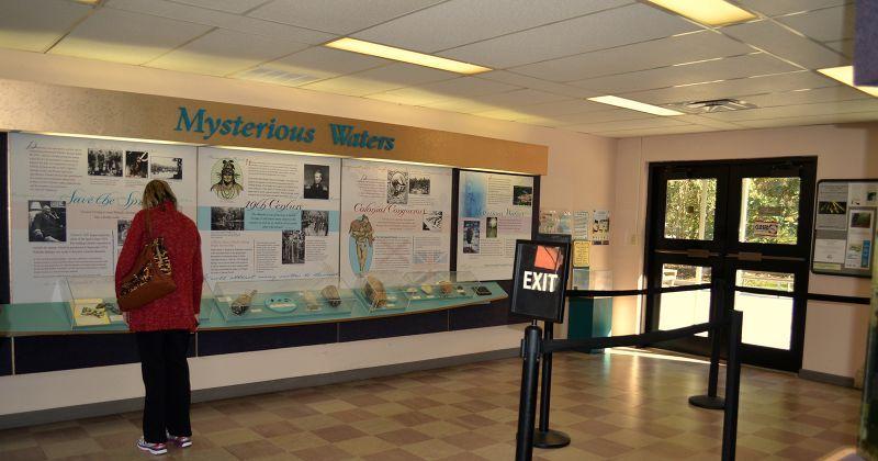 Interpretive center and boat tour
