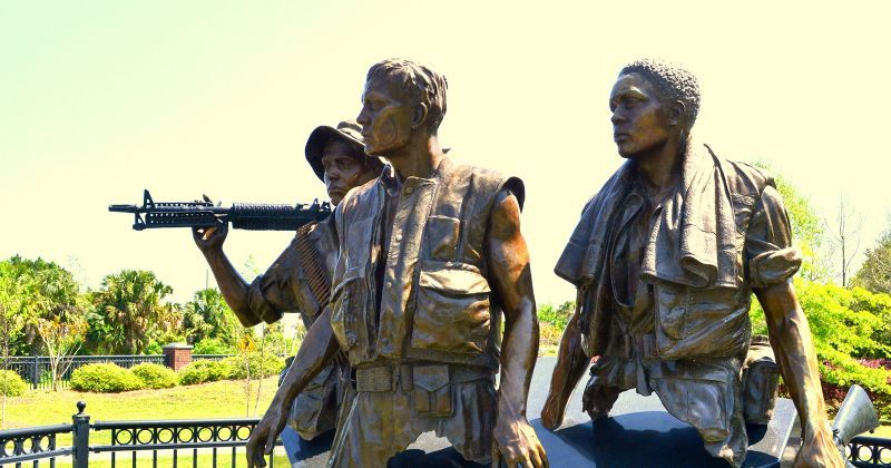 Orman House Historic State Park, Chapman Botanical Gardens, & Three Soldiers Detail - statue