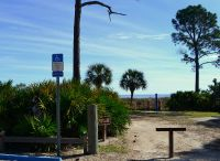 Sunrise beach parking and entrance, Bald Point State Park