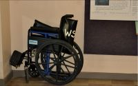 Wakulla Springs State Park has wheelchairs available for public use