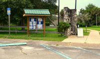 Parking and entrance to San Marcos de Apalachee Historic State Park