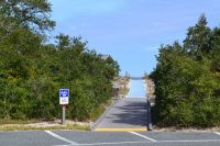 Parking and access at Northend beach, Bald Point State Park